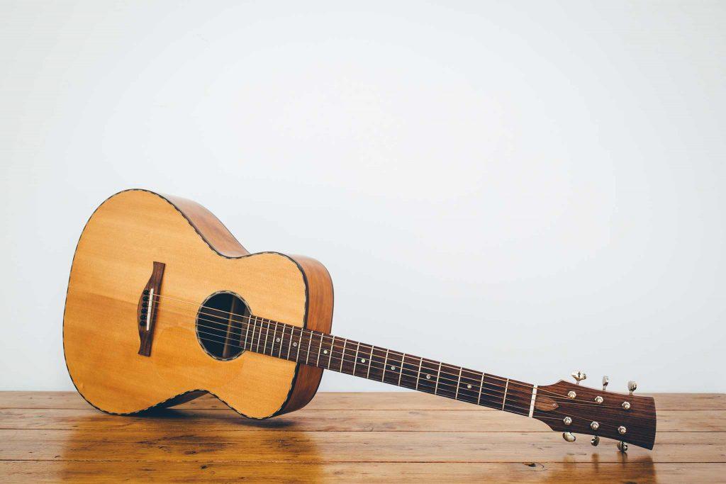 Guitar Cas Davey