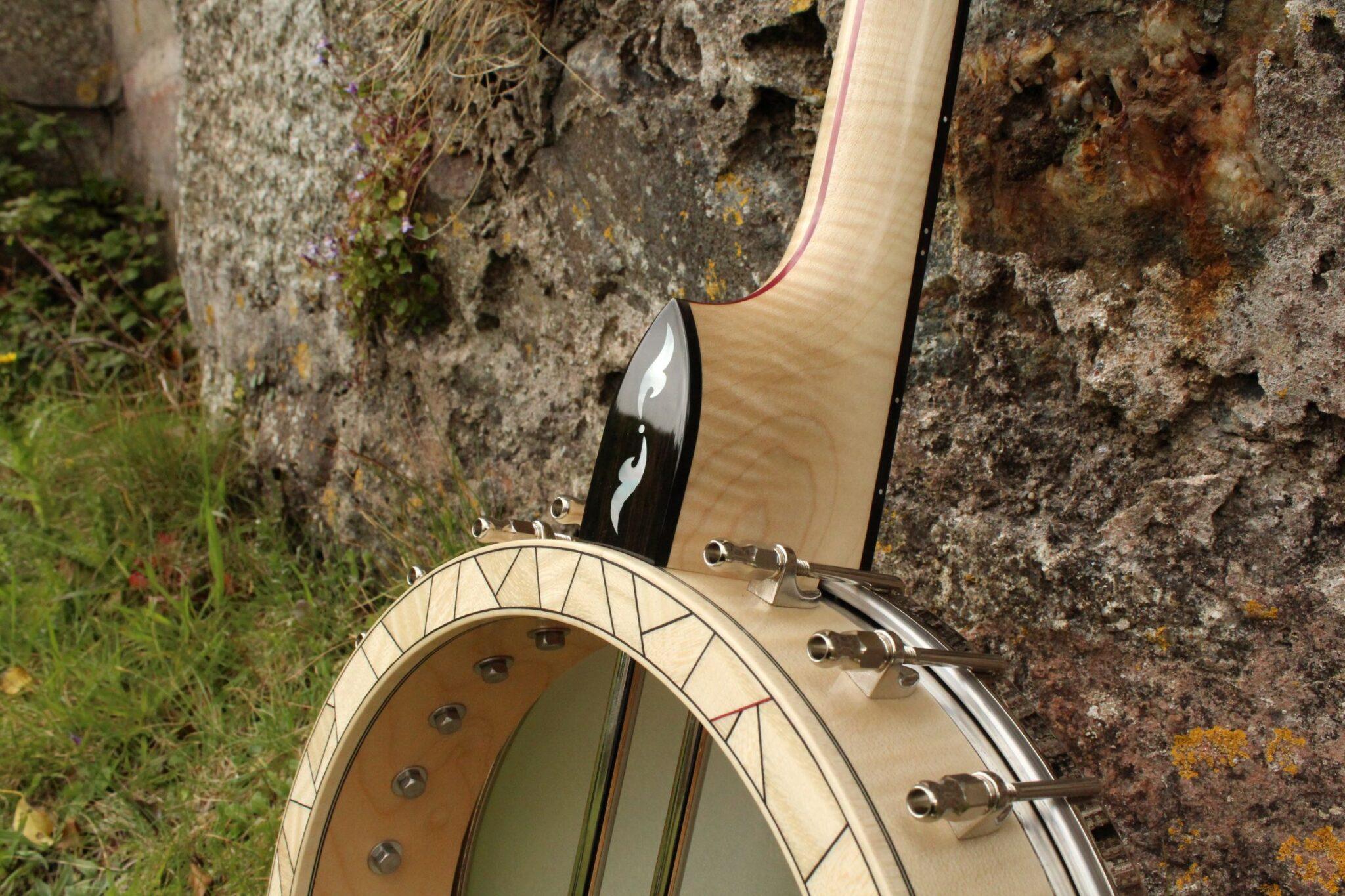 Pearl Inlay on banjo heel cap